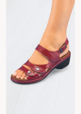 Leather sandals with a full opening - AFIBEL